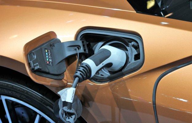 Import gebruikte elektrische auto